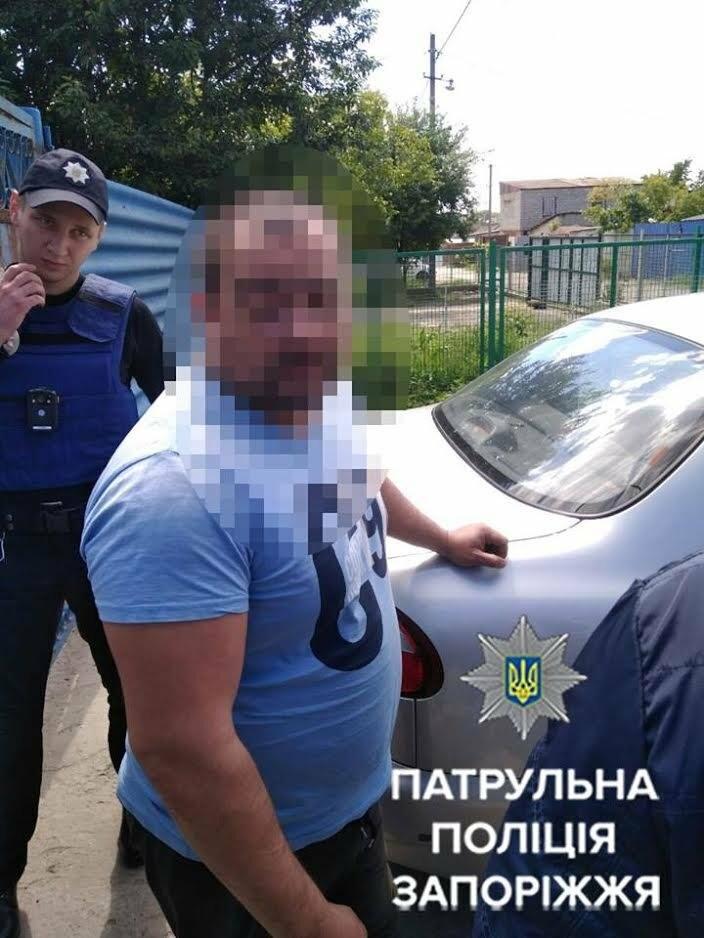 П'яний павлоградець повідомив поліції про замінування автомобіля, фото-1