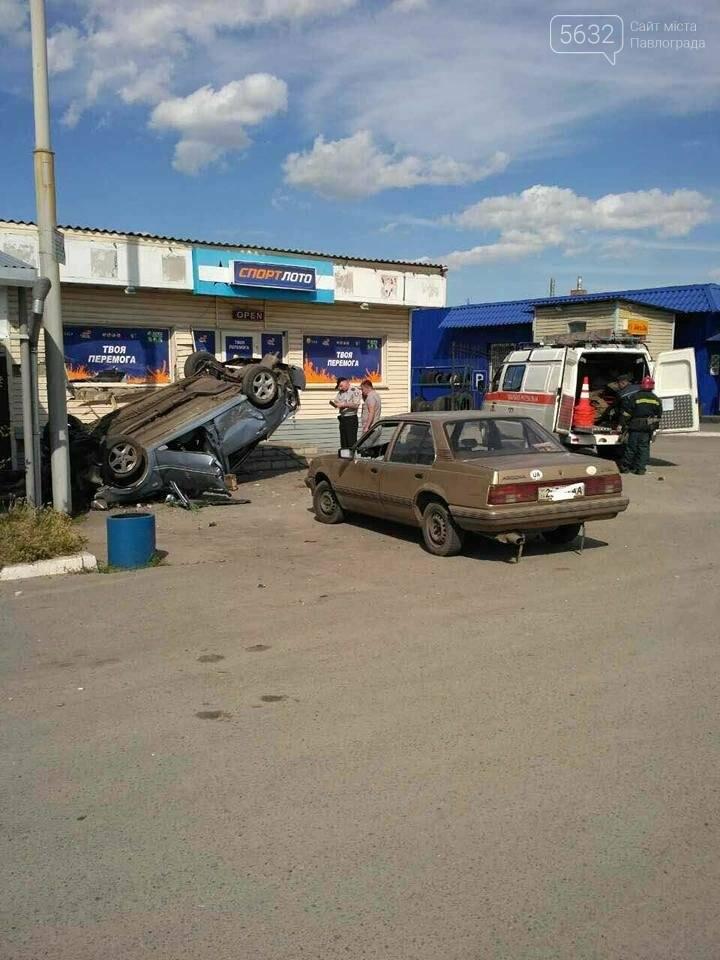 У Павлограді машина протаранила кафе: дві людини загинули (Фото), фото-4