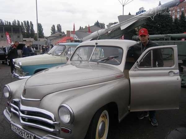 Павлоградская «Победа» приняла участие в выставке ретро-автомобилей, фото-1
