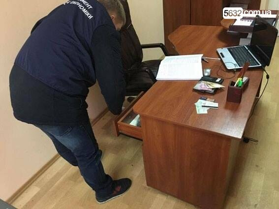 У Тернівці на ремонті доріг привласнили більше 6 мільйонів гривень, фото-1