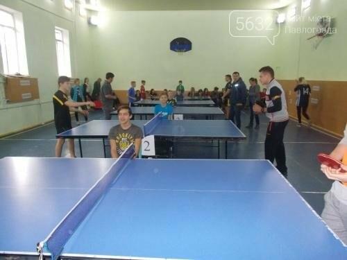 Павлоградські школярі змагались на олімпіаді з настільного тенісу, фото-2