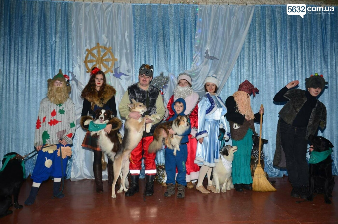 Павлоградські кінологи подарували малюкам Донеччини новорічне свято, фото-3