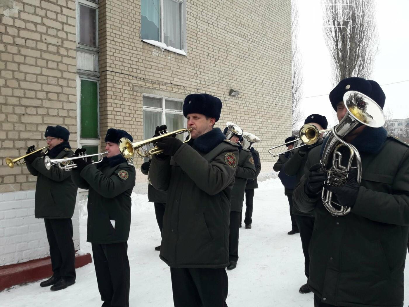 В Павлограде открыли мемориальную доску герою АТО Андрею Борисенко, фото-10
