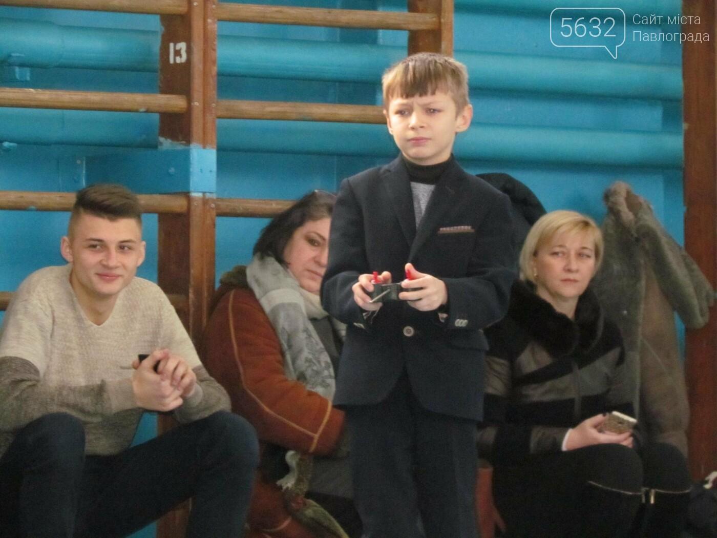Павлоградские школьники сразились в гонке радиоуправляемых автомоделей, фото-10