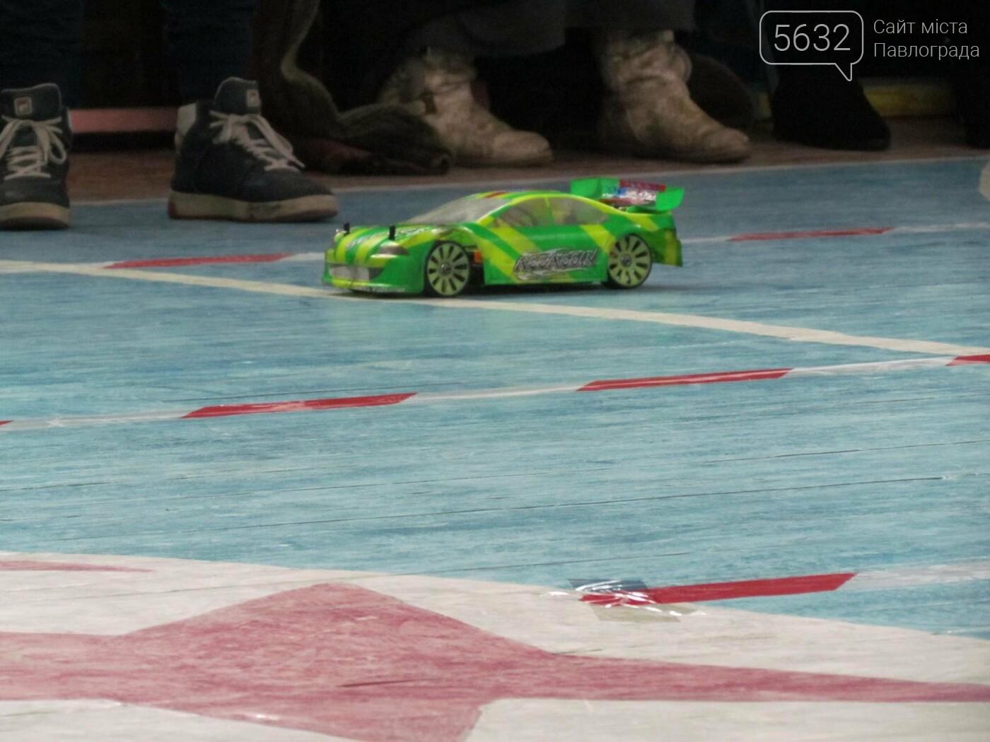 Павлоградские школьники сразились в гонке радиоуправляемых автомоделей, фото-6