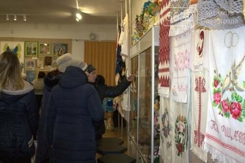 Павлоградские учителя представили свои творческие работы, фото-4