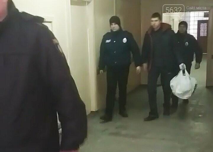 Павлоградца, подозреваемого в жестокой резне, отправили из больницы в СИЗО , фото-4