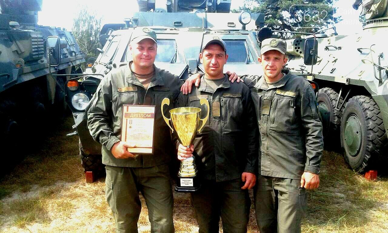Екіпаж БТР військової частини 3024 став найкращим в Україні, фото-1