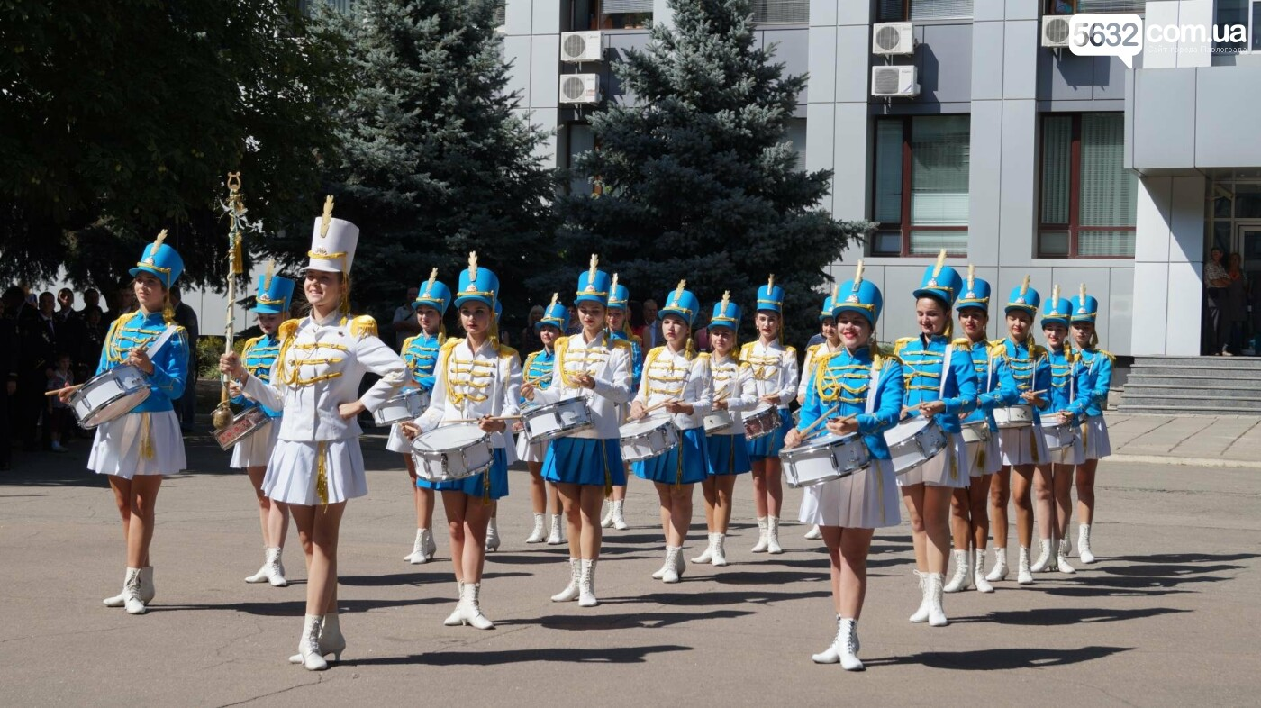 Сотни шахтеров прошли маршем по центральным улицам Павлограда, фото-9