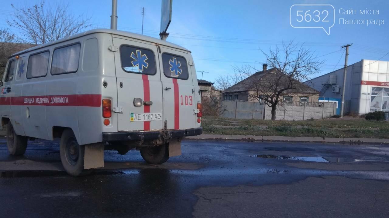 У Павлограді перевернулася карета «швидкої», яка везла хворого до лікарні, фото-2