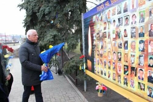 Павлоградці вшанували героїв Небесної Сотні, фото-3