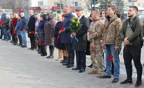 У Павлограді вшанували добровольців, фото-2