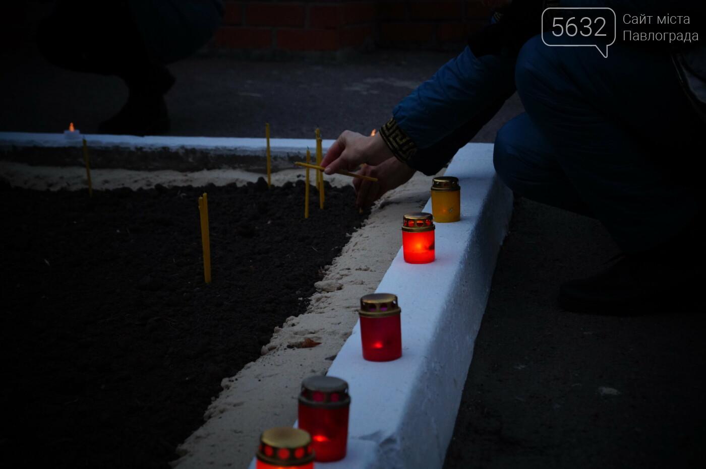 У місті пройшов мітинг пам'яті до Дня вшанування пам'яті жертв голодомору (ФОТОРЕПОРТАЖ), фото-20