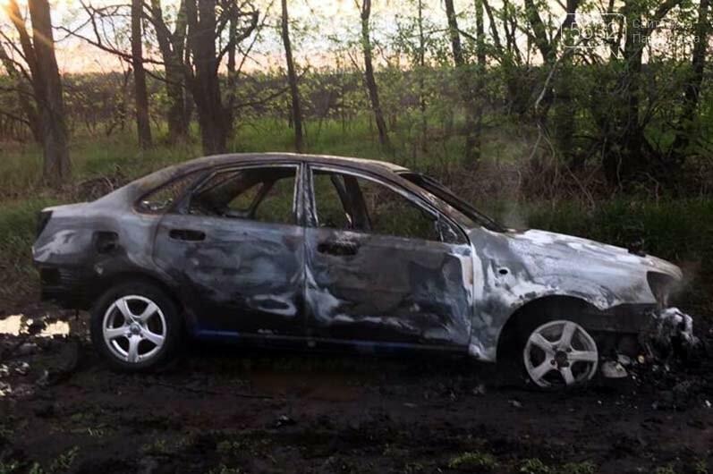 Недалеко от Булаховки на ходу загорелся легковой автомобиль (ФОТО), фото-4