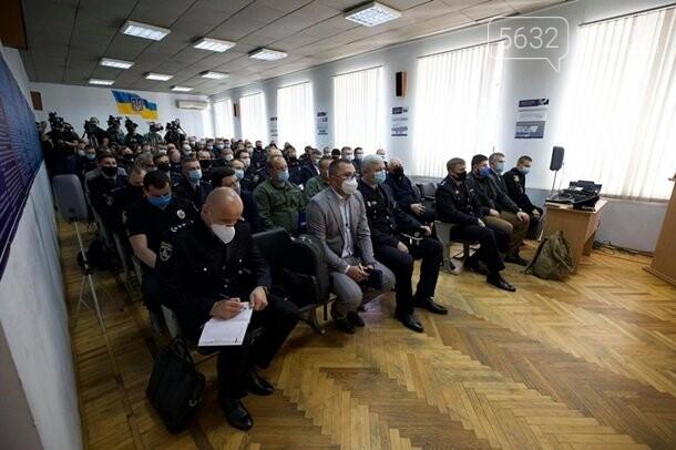 В Павлоград приехал министр МВД Арсен Аваков, фото-2