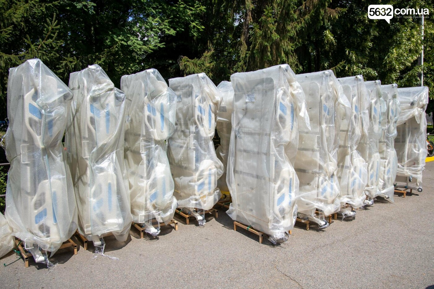 Больницы Павлограда и Першотравенска получат современные функциональные кровати, фото-3