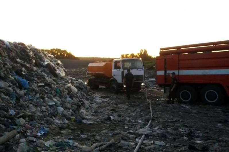 За Богуславом горела свалка твёрдых бытовых отходов, фото-2