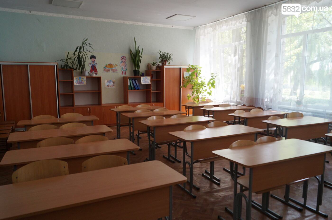 Санитайзеры и медицинские маски: как школы Павлограда готовятся к новому учебному году (ФОТО), фото-11