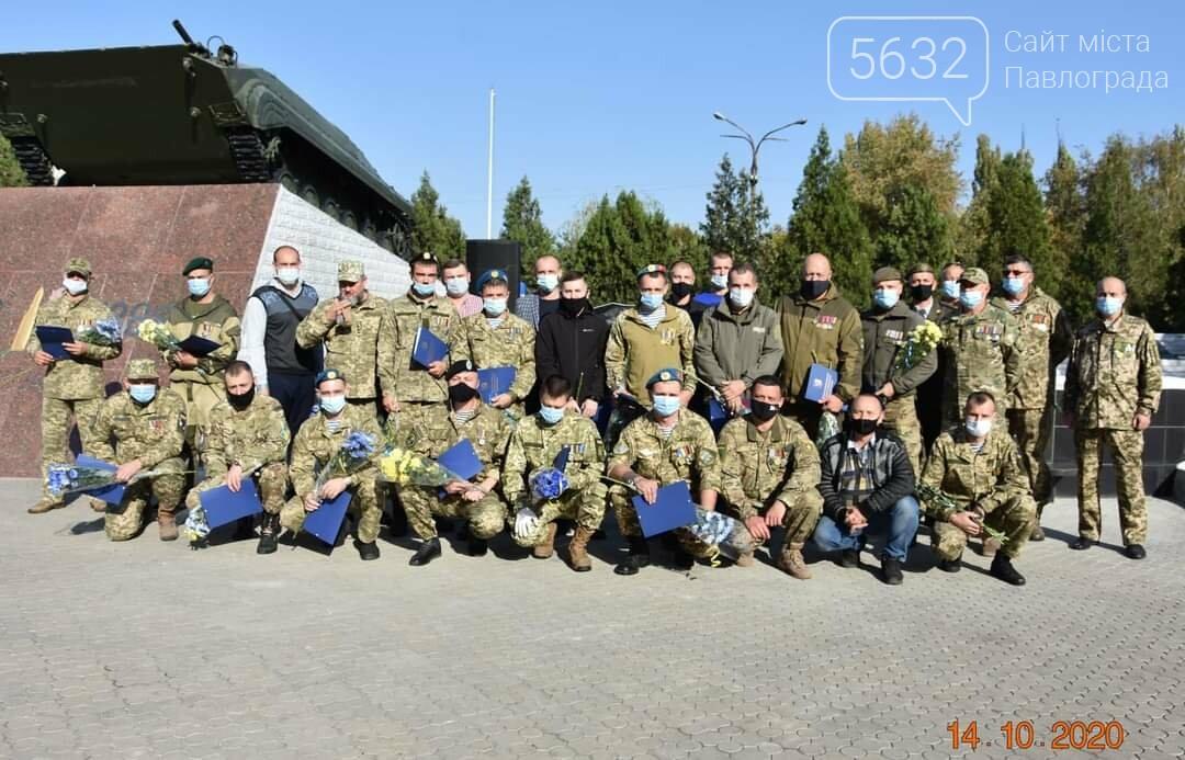 В Першотравенске открыли памятный знак погибшим участникам АТО/ООС, фото-3