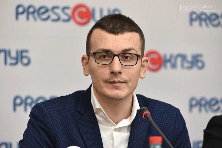 В Терновке на избирательном участке местный депутат мешал журналистке осуществлять профессиональную деятельность, фото-3