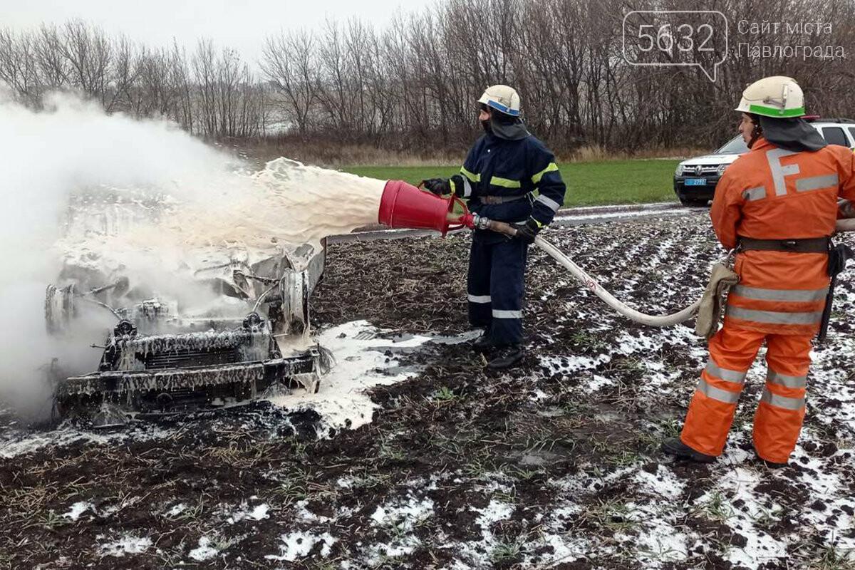 В Юрьевском районе перевернулся и загорелся автомобиль (ФОТО, ВИДЕО), фото-3