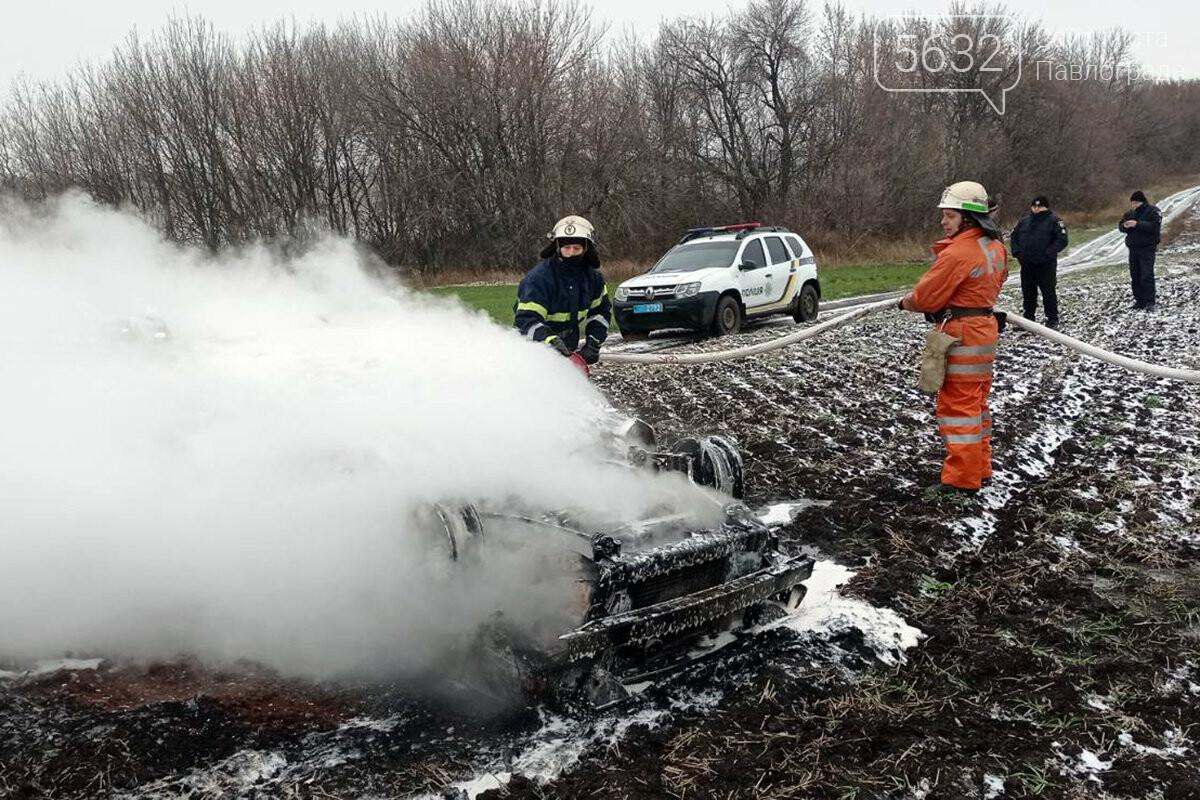 В Юрьевском районе перевернулся и загорелся автомобиль (ФОТО, ВИДЕО), фото-4