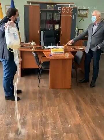 Общественный совет Павлограда обсудит поведение народного депутата Романа Каптелова, фото-1