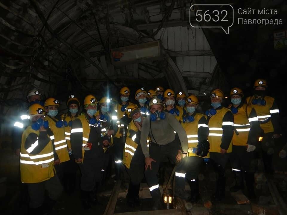 Любовь на глубине 370 метров: жёны шахтёров спустились под землю, фото-1