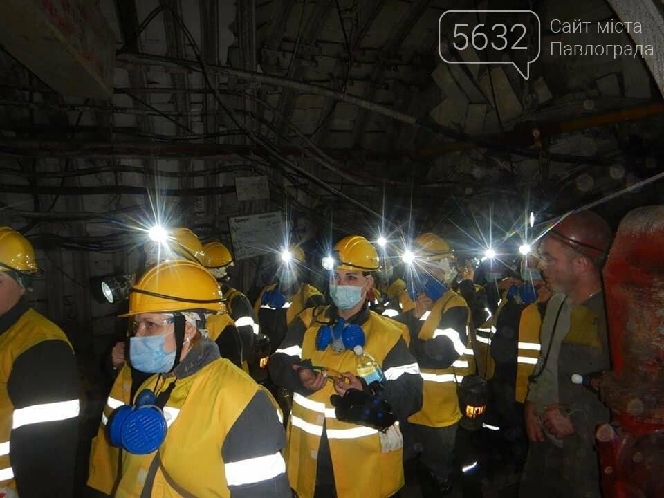 Любовь на глубине 370 метров: жёны шахтёров спустились под землю, фото-2