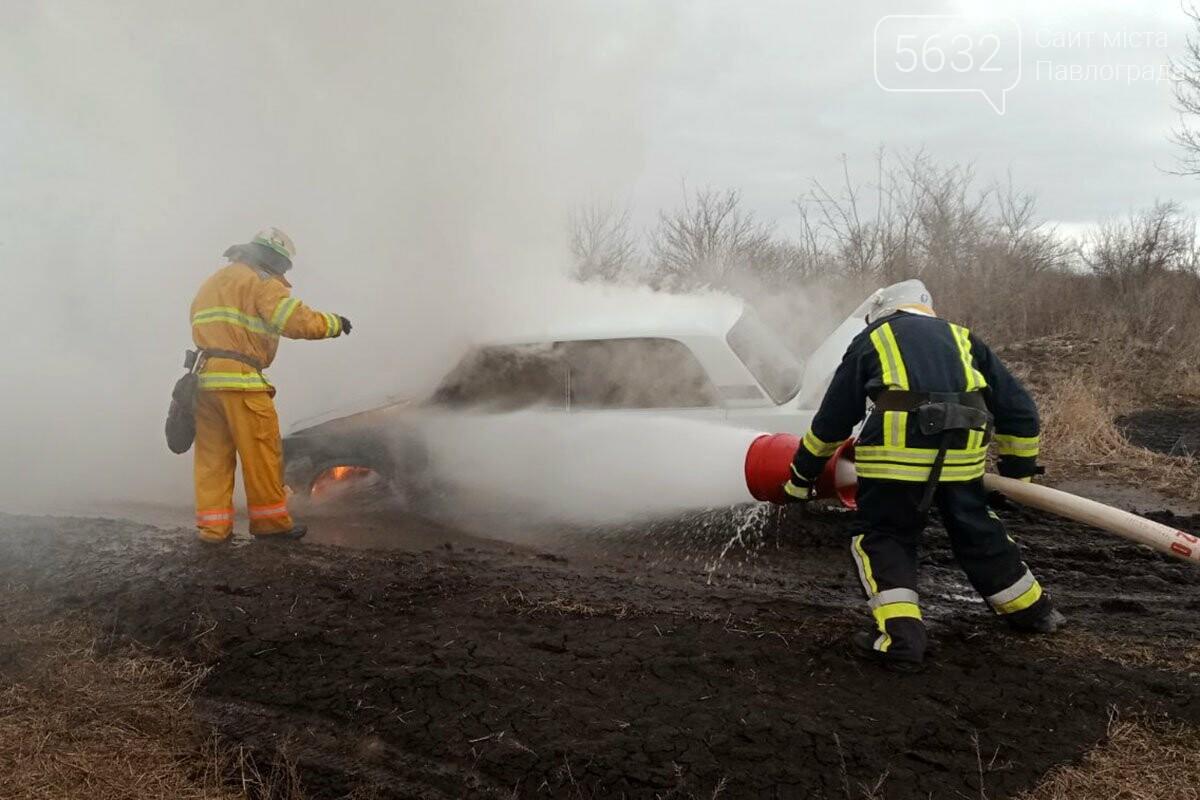 В Юрьевском районе загорелся автомобиль (ФОТО), фото-2