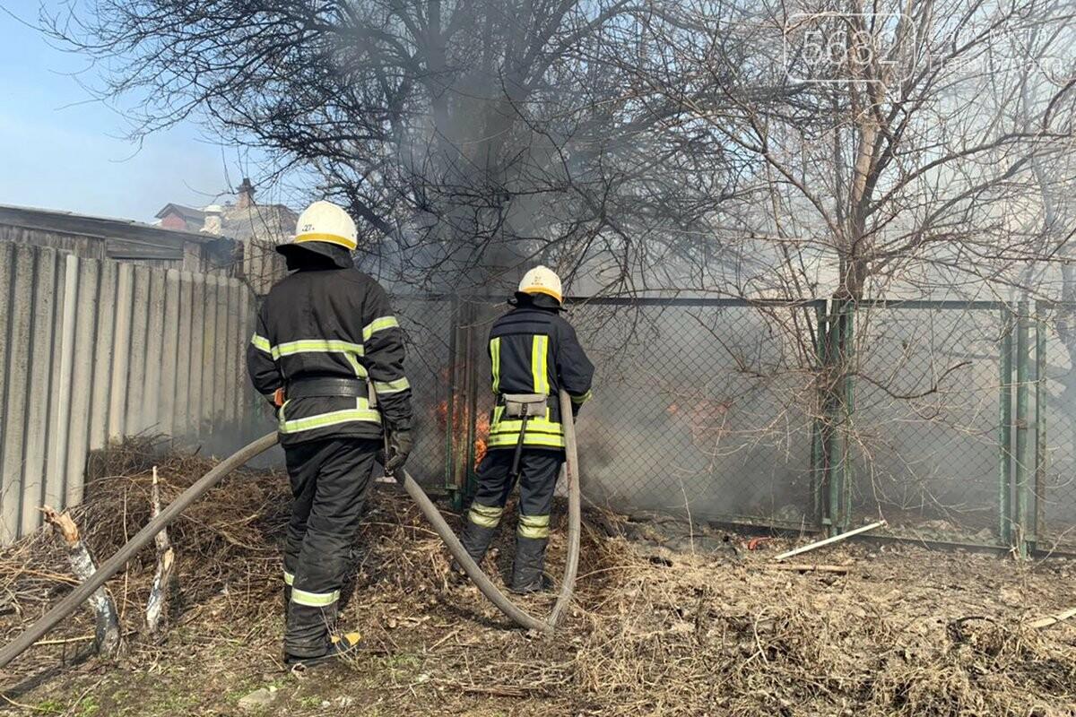 В Павлограде горела хозпостройка, фото-2