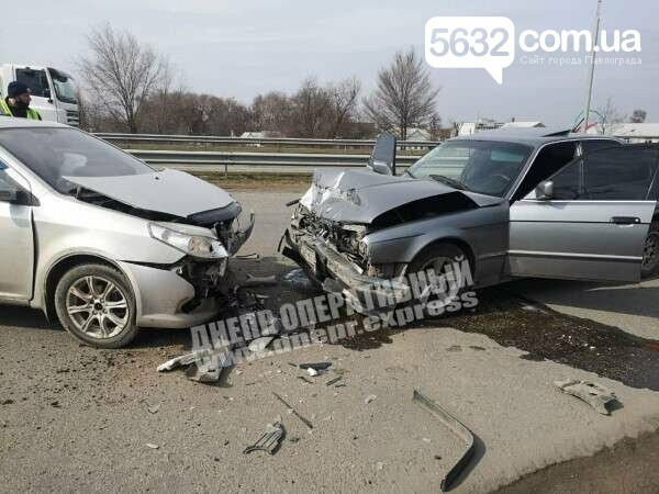 На трассе Павлоград-Днепр столкнулись два автомобиля (ФОТО), фото-1