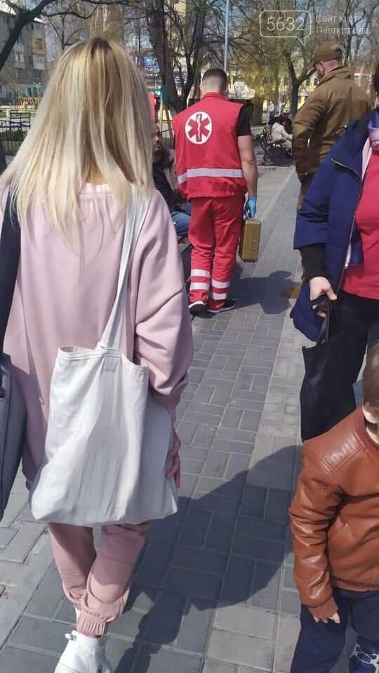 Второй случай за неделю: в Детском парке оказали помощь мужчине, потерявшему сознание (ФОТО), фото-3