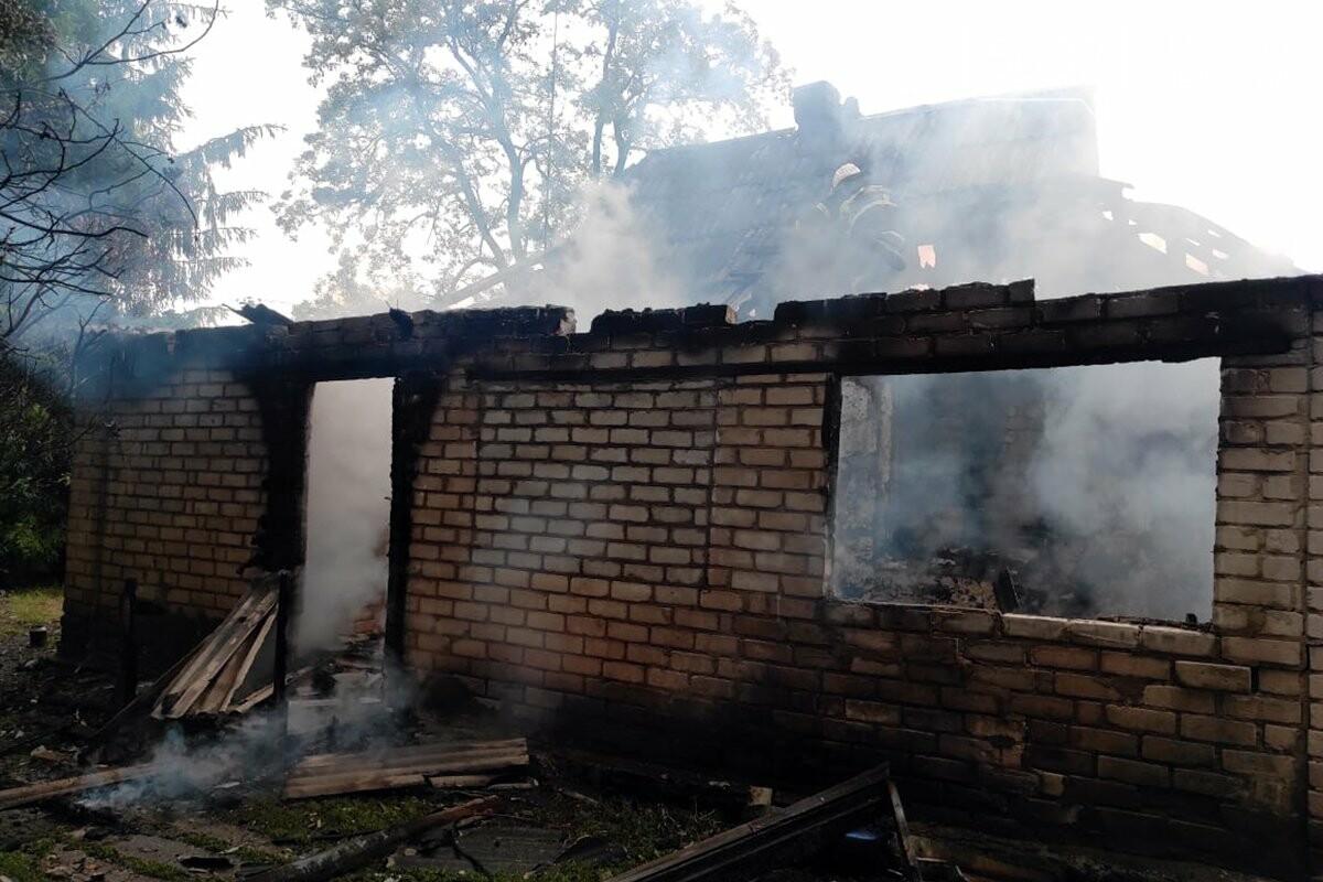 В Павлоградском районе горел жилой дом (ФОТО), фото-3