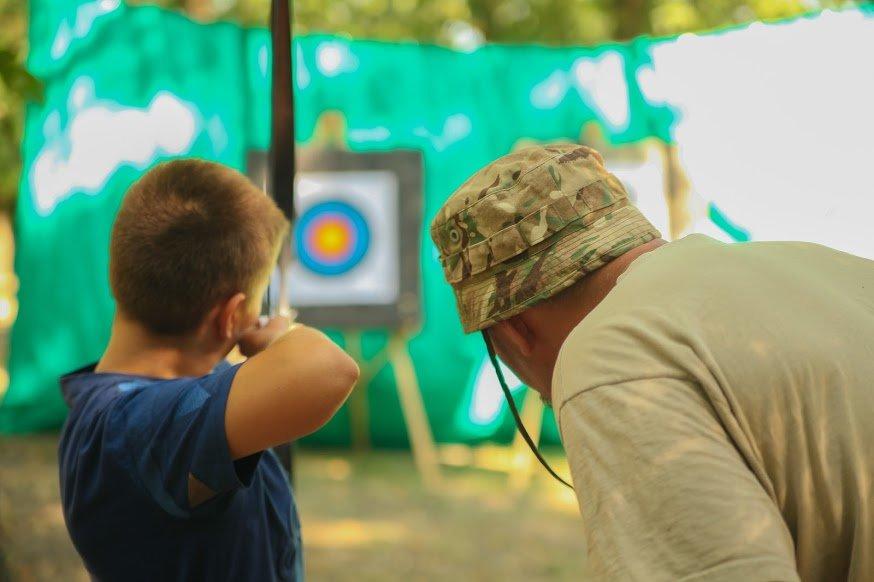 Майстер-клас зі стрільби з лука провели для учасників АТО в Дніпрі, фото-2