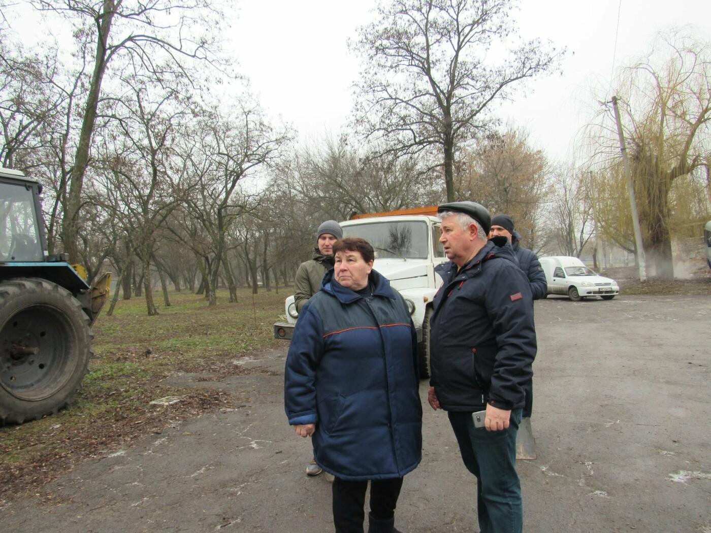 В Павлограде прошла акция по уборке одного из микрорайонов  , фото-1