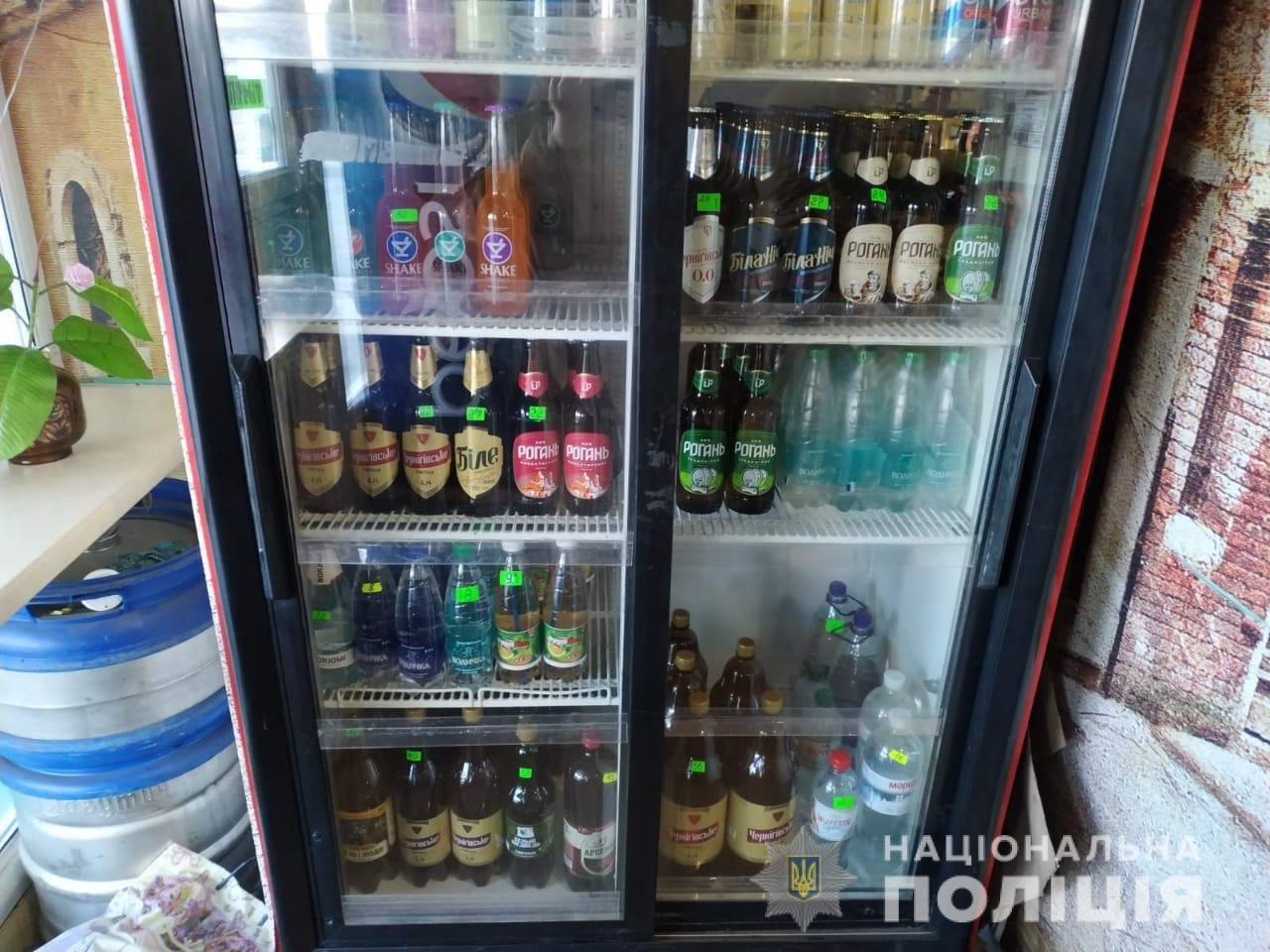 156 бутылок алкоголя без лицензии: в городе провели профилактический рейд , фото-1