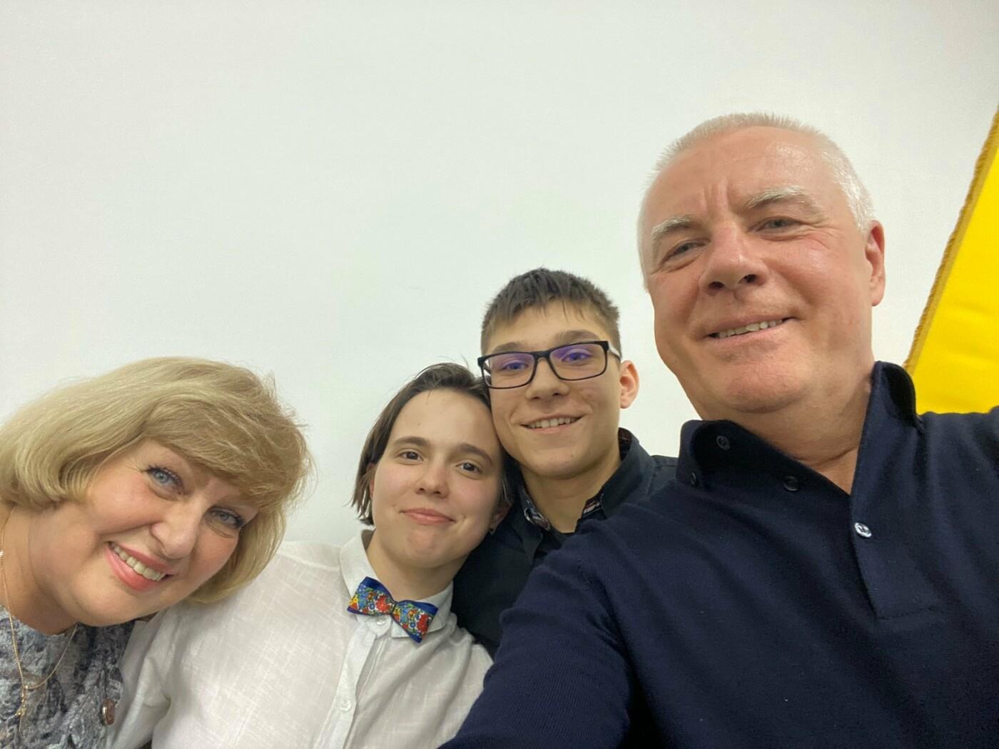 В Павлограде прошел конкурс среди школьников на лучший видеоролик , фото-2