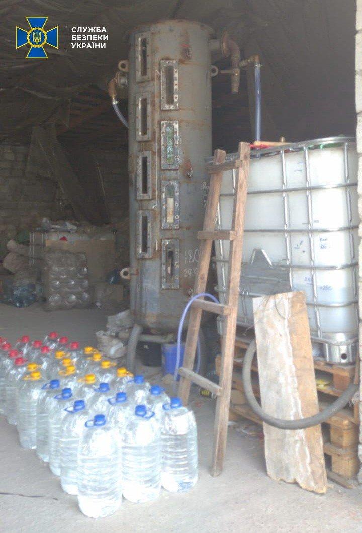 В Днепре разоблачили подпольное производство антисептиков на более 1 млн гривен (ФОТО), фото-3