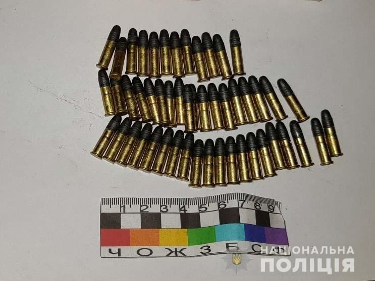За попытку кражи из магазина полицейские Петропавловки задержали вооруженного мужчину, фото-1